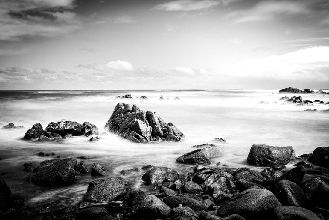 noir et blanc b&w black and white robin favier photographies fine art southland new zealand nouvelle zélande cosy nook southport ocean sea long exposure exposition longue nikon